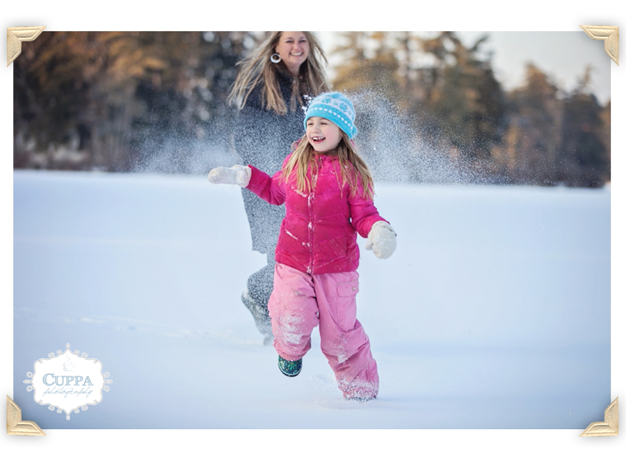 Freeport_Maine_Photographer_Family_Portraits_Snow-037