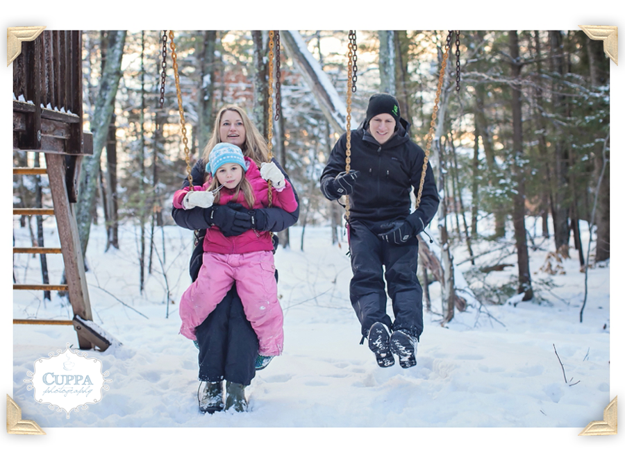 Freeport_Maine_Photographer_Family_Portraits_Snow-043