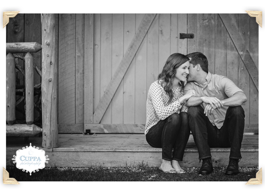 Maine_Wedding_Photographer_Kennebunk_Hidden_Pond_Engagement_Session-002