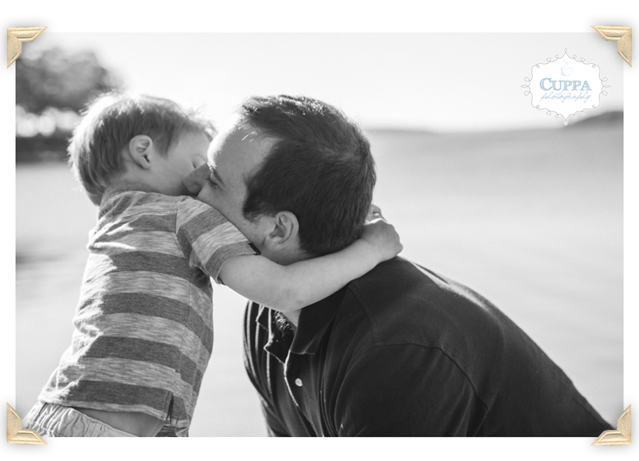 Maine_Photographer_Winslow_Park_Ocean_Family_Portraits_Children_Baby-004