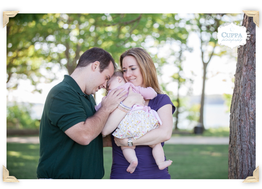 Maine_Photographer_Winslow_Park_Ocean_Family_Portraits_Children_Baby-015