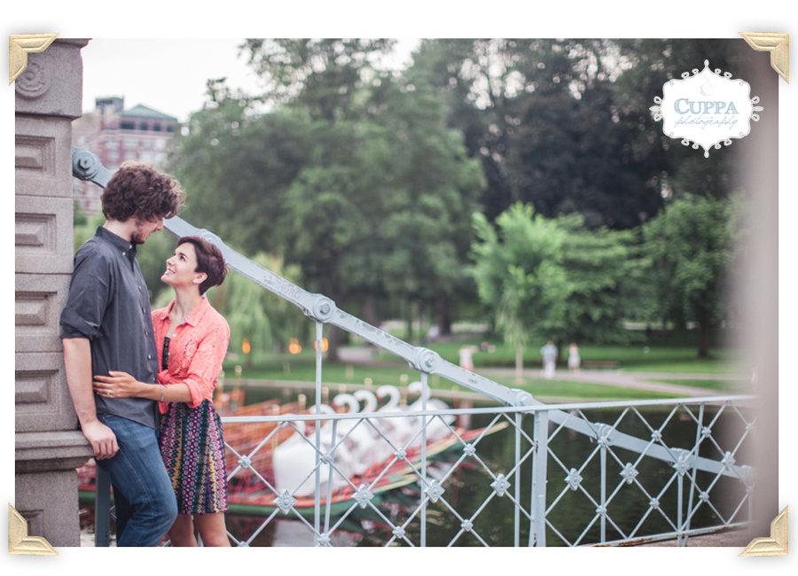 Maine_Photographer_Boston_Public_Garden_Engagement_Photos-017