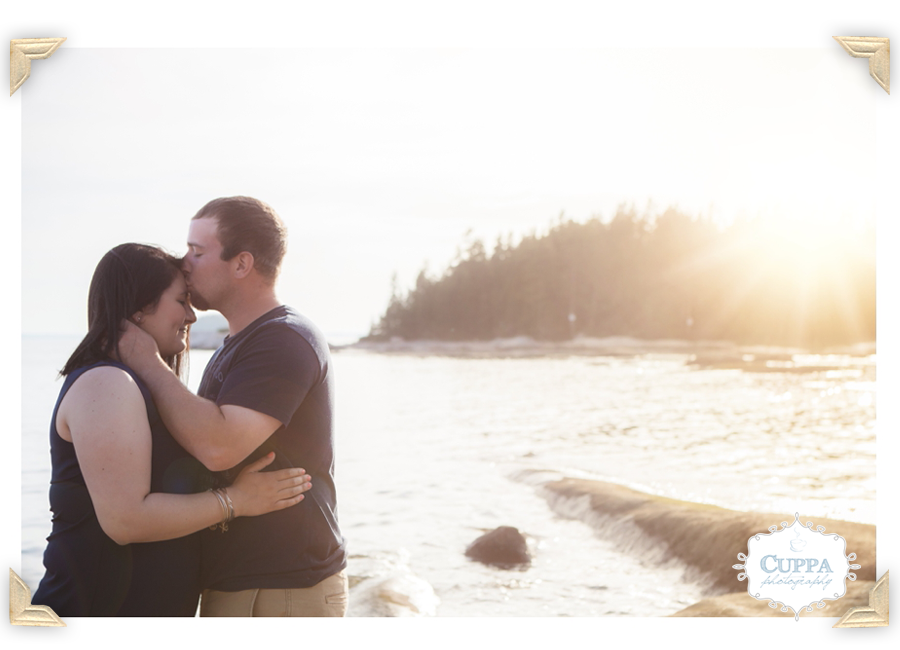 Maine_Wedding_Photographer_Deer_Isle_Stonington_Engagement_Session_Photos_Ocean_Coast-011