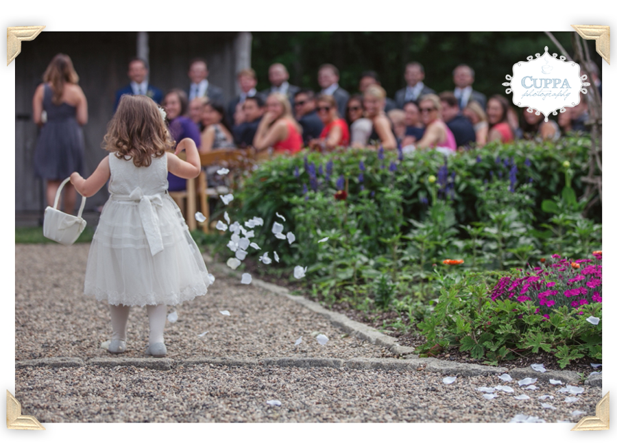 Maine_Wedding_Photographer_Hidden_Pond_Kennebunkport-023
