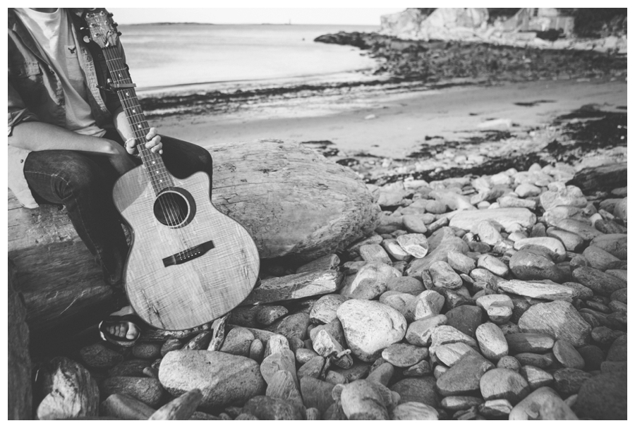Cuppa_Photography_Maine_photographer_music_man_guitar_Fort_Williams_Portland_Cape_Elizabeth-008