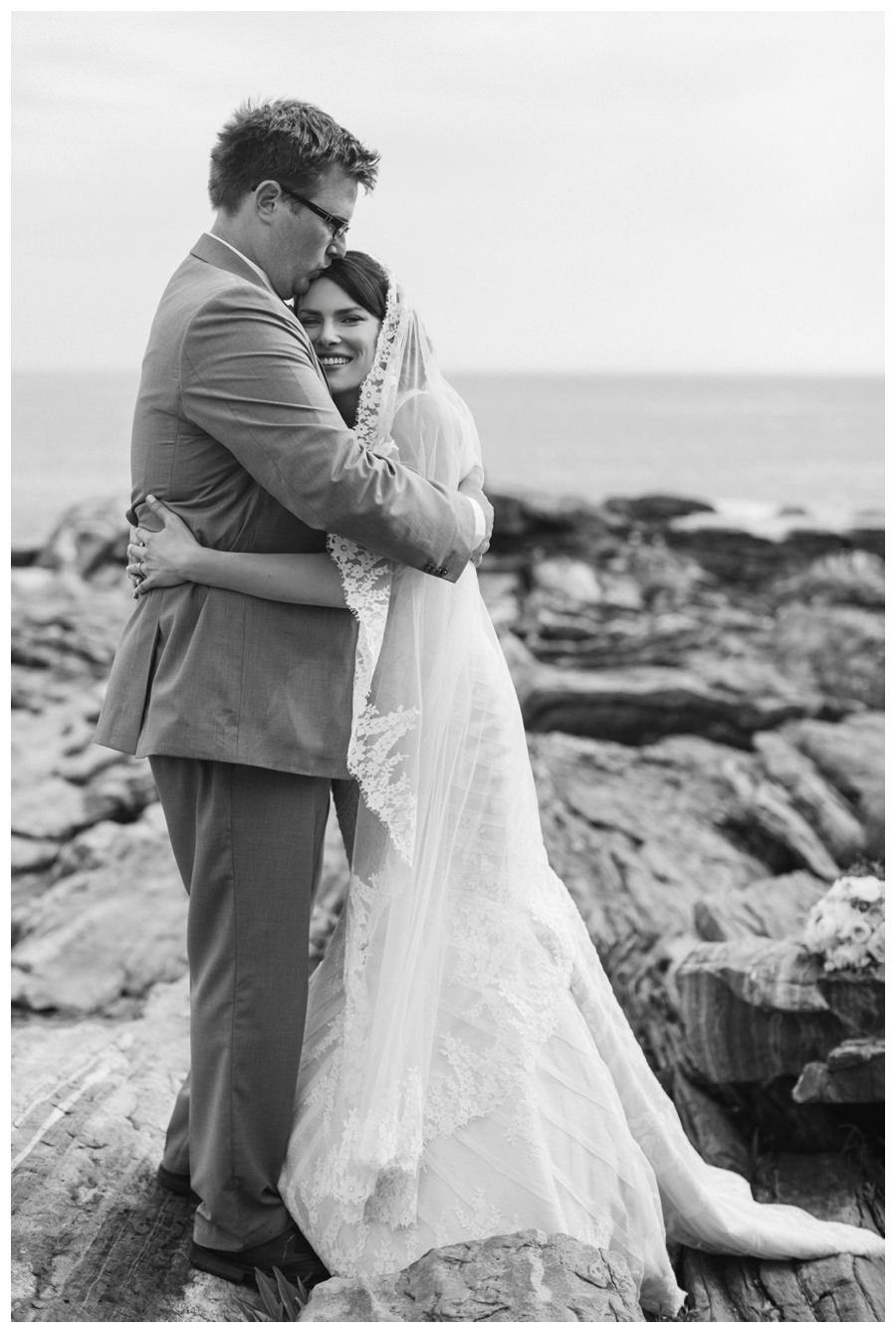 Cuppa_Photography_Maine_wedding_photographer_Contented_Sole_Damariscotta_Pemaquid_Lighthouse_coast_rustic-211