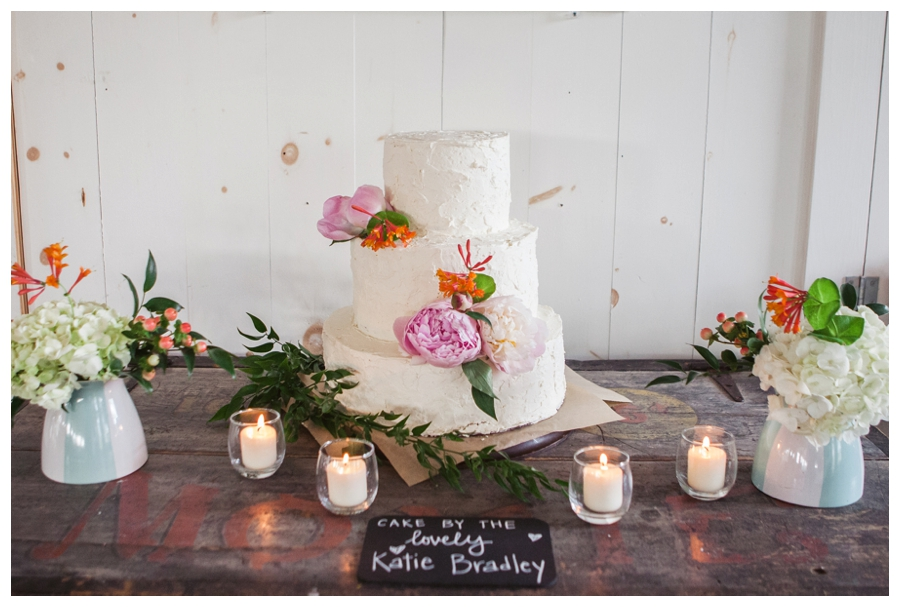 Cuppa_Photography_Maine_wedding_photographer_Contented_Sole_Damariscotta_Pemaquid_Lighthouse_coast_rustic-219
