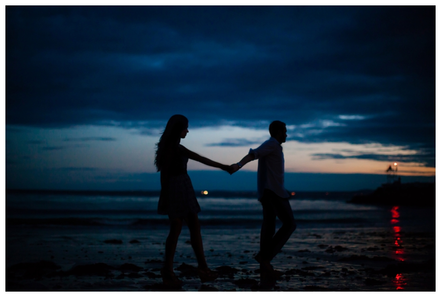 Maine_wedding_photographer_Kennebunk_Kennebunkport_ocean_coast_engagement_photos-015