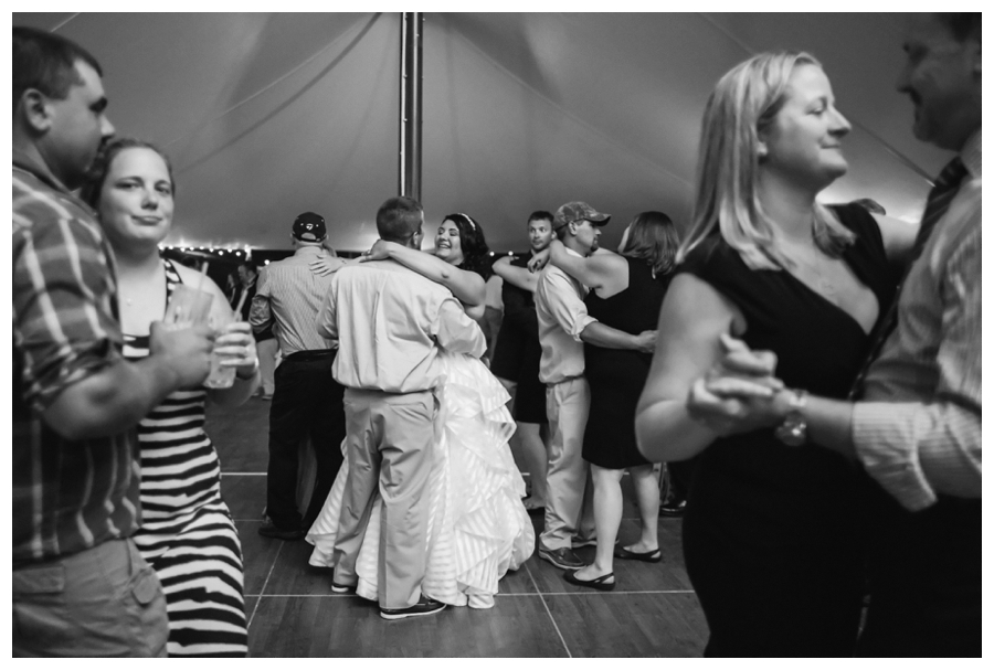 Cuppa_Photography_Maine_Wedding_Photographer_Frenchs_Point_wedding-035