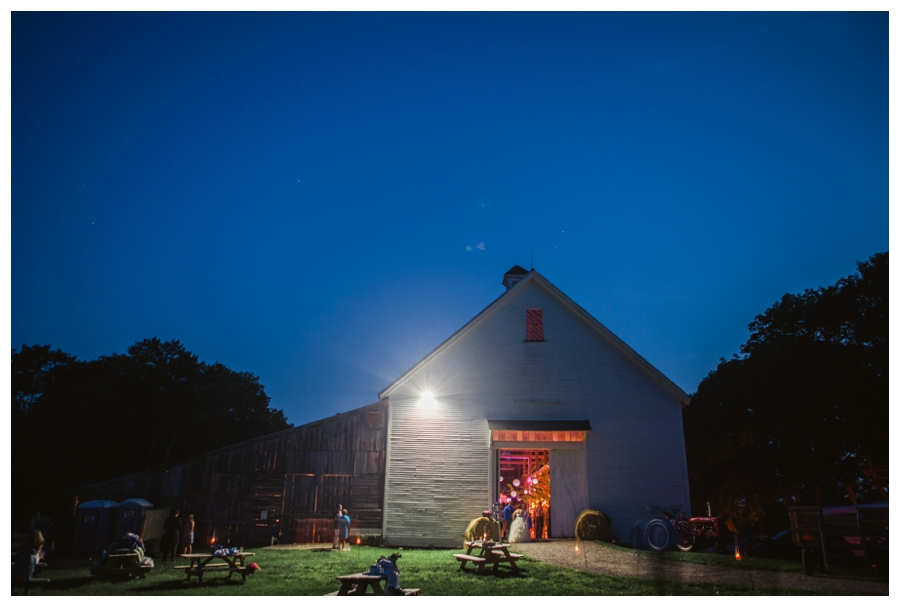 Maine_Wedding_Photographer_Wolfs_Neck_Farm_barn_coast-060