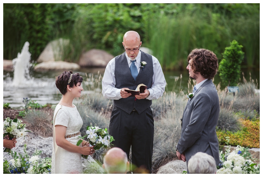Maine_Wedding_photographer_Boothbay_Coastal_Maine_Botanical_Gardens-014