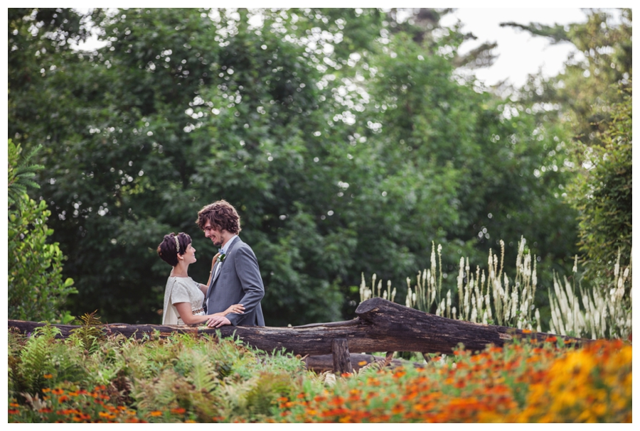 Maine_Wedding_photographer_Boothbay_Coastal_Maine_Botanical_Gardens-020