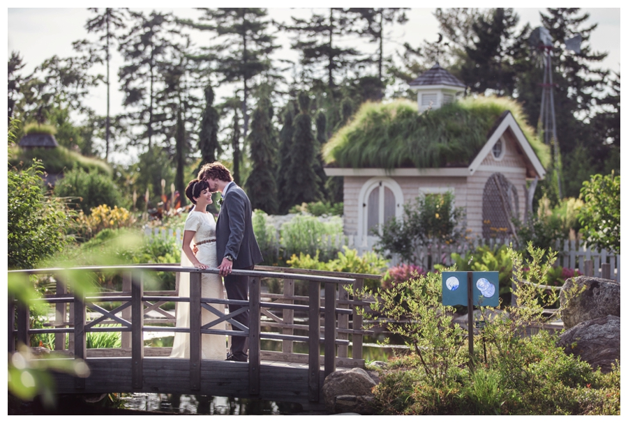 Maine_Wedding_photographer_Boothbay_Coastal_Maine_Botanical_Gardens-023