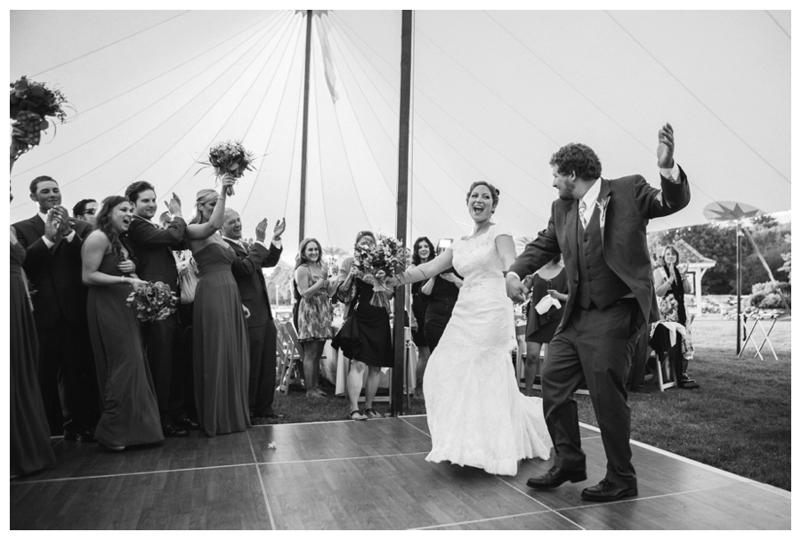 Maine_wedding_photographer_Laudholm_Farm_Wells_barn-056