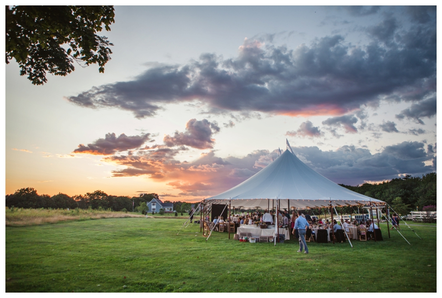 Maine_wedding_photographer_Laudholm_Farm_Wells_barn-057