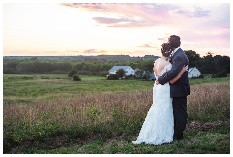 Maine_wedding_photographer_Laudholm_Farm_Wells_barn-059