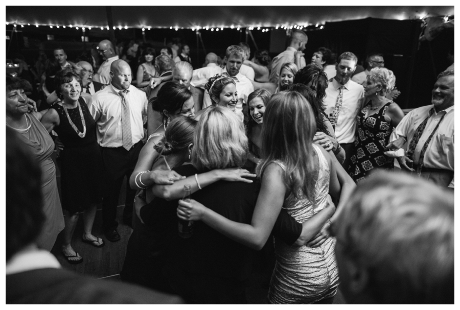 Maine_wedding_photographer_Laudholm_Farm_Wells_barn-073