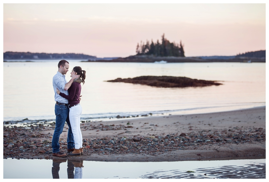 Maine_Wedding_Photographer_Mount_Desert_Island_Bar_Harbor_Engagement-019