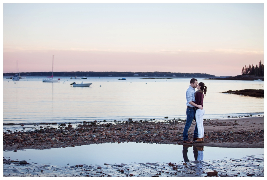 Maine_Wedding_Photographer_Mount_Desert_Island_Bar_Harbor_Engagement-020