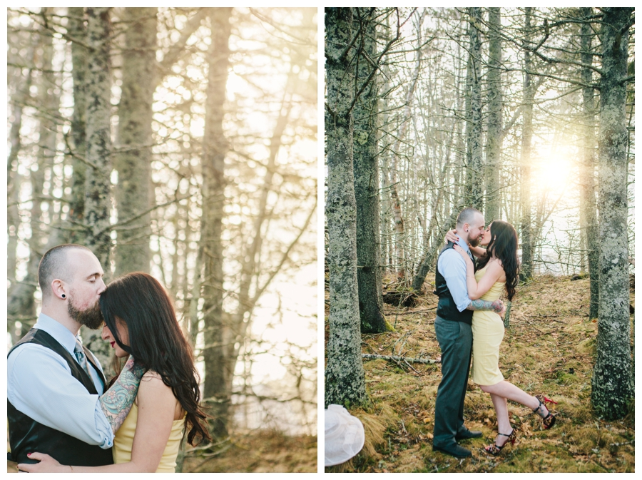 CindyGiovagnoli_MaineWeddingPhotographer_DestinationPhotographer_PemaquidLight_MaineCoast-013
