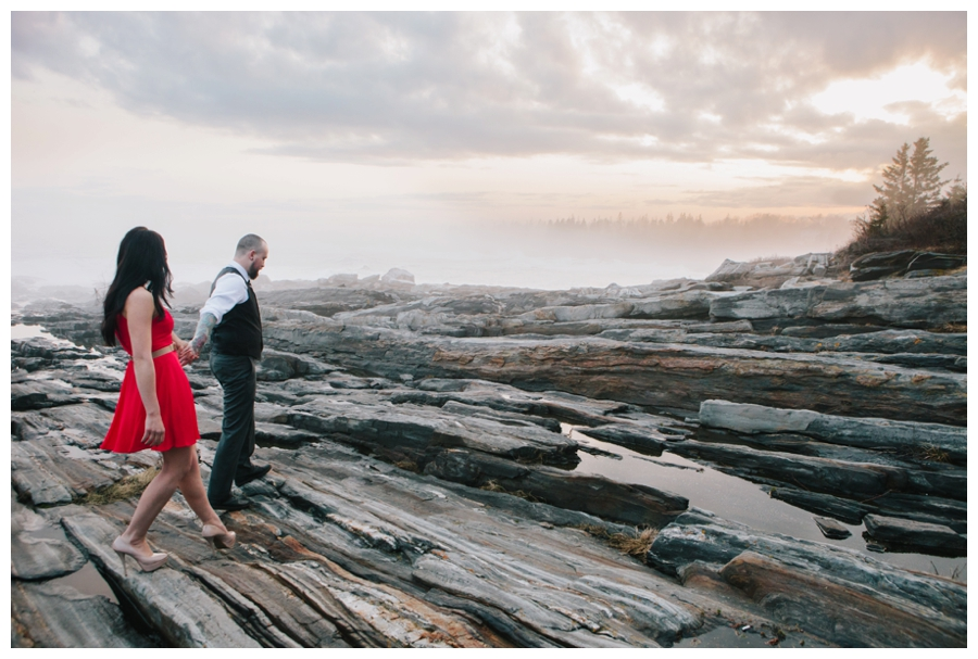 CindyGiovagnoli_MaineWeddingPhotographer_DestinationPhotographer_PemaquidLight_MaineCoast-032