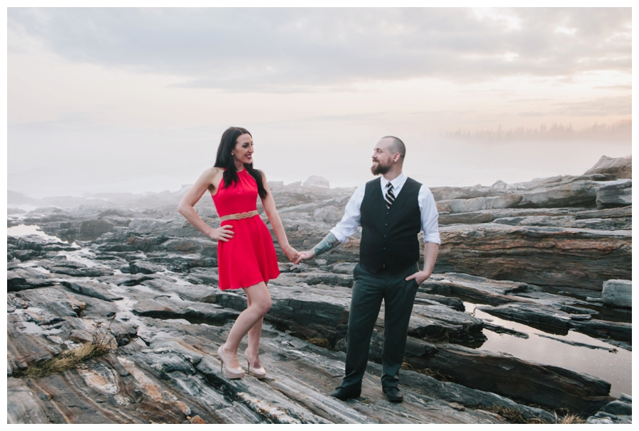CindyGiovagnoli_MaineWeddingPhotographer_DestinationPhotographer_PemaquidLight_MaineCoast-033