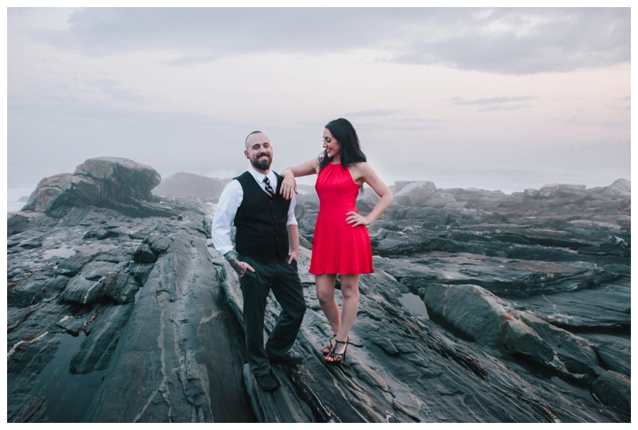 CindyGiovagnoli_MaineWeddingPhotographer_DestinationPhotographer_PemaquidLight_MaineCoast-037