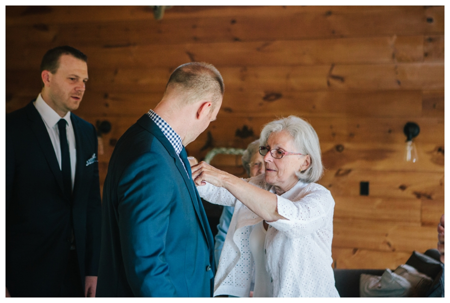 MaineWeddingPhotographer_Damariscotta_Bristol_Pemaquid_Lighthouse_BradleyInn_ContentedSole-008