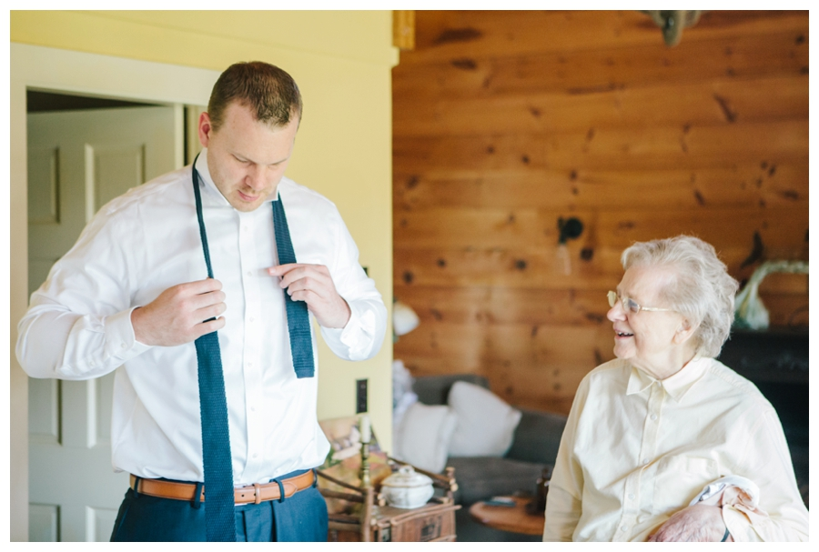 MaineWeddingPhotographer_Damariscotta_Bristol_Pemaquid_Lighthouse_BradleyInn_ContentedSole-009