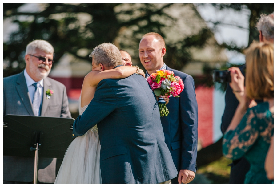 MaineWeddingPhotographer_Damariscotta_Bristol_Pemaquid_Lighthouse_BradleyInn_ContentedSole-027