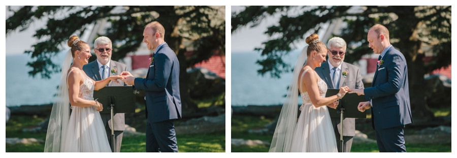 MaineWeddingPhotographer_Damariscotta_Bristol_Pemaquid_Lighthouse_BradleyInn_ContentedSole-030