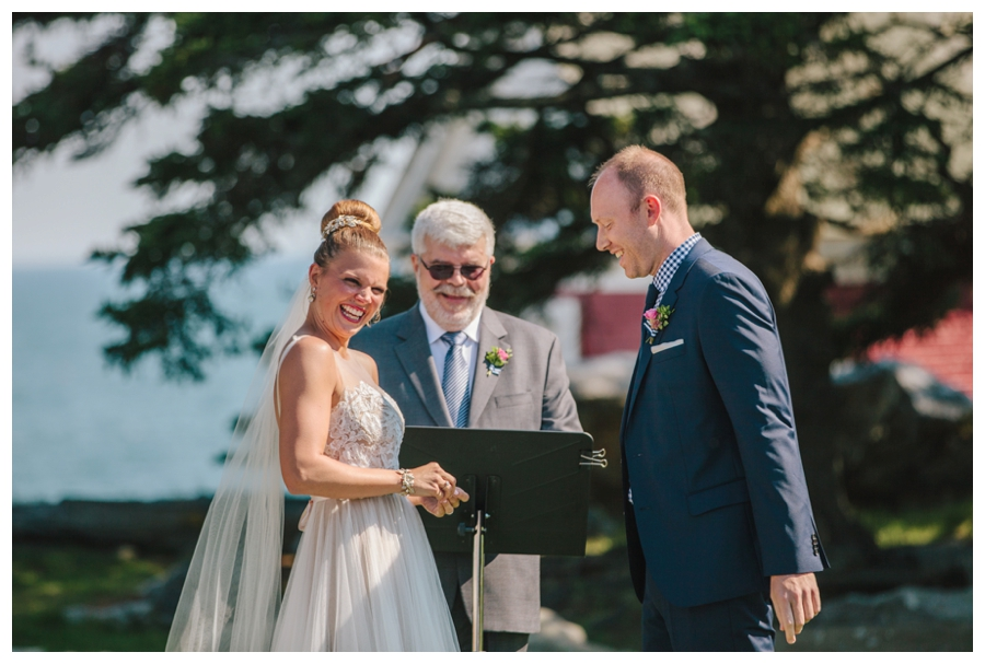 MaineWeddingPhotographer_Damariscotta_Bristol_Pemaquid_Lighthouse_BradleyInn_ContentedSole-031