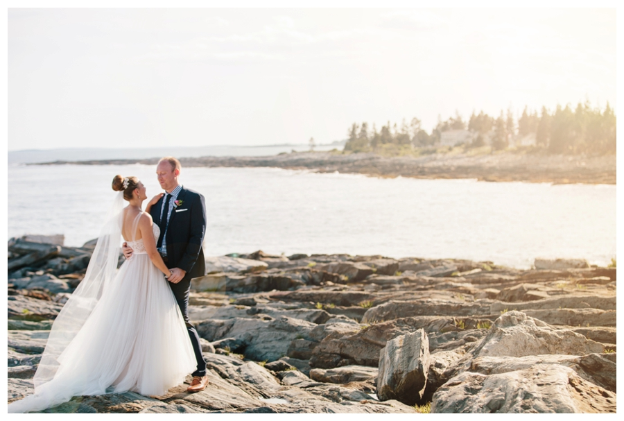 MaineWeddingPhotographer_Damariscotta_Bristol_Pemaquid_Lighthouse_BradleyInn_ContentedSole-042
