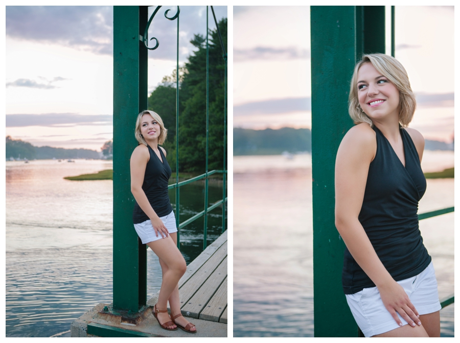 MainePhotographer_SeniorPortraits_PortraitPhotographer_York_NubbleLight_coast-025