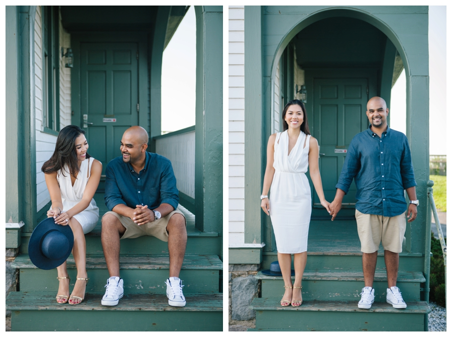 MaineWeddingPhotographer_portraits_engagement_Portland_FtWilliamsPark_OldPort_Headlight-005