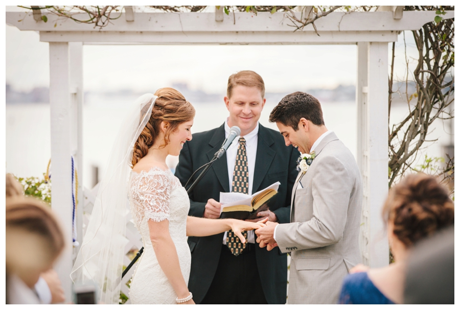 MaineWeddingPhotographer_PeaksIsland_HarborView-005