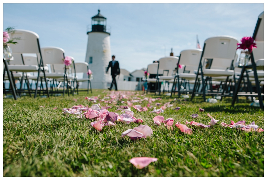 MaineWeddingPhotographer_MaineEditorialPhotographer_Pemaquid_Damariscotta_BradleyInn_PemaquidPointLighthouse_tattooed_wedding-021