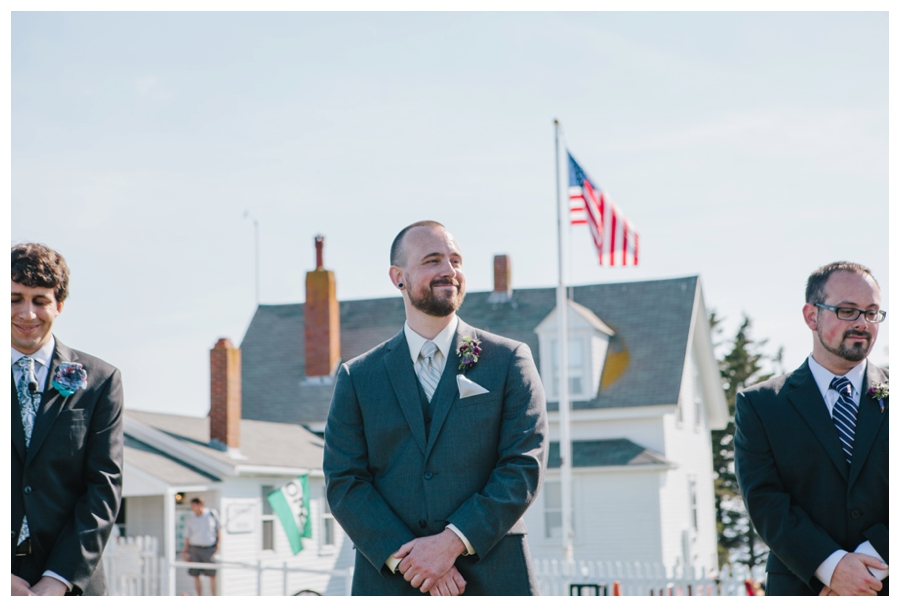 MaineWeddingPhotographer_MaineEditorialPhotographer_Pemaquid_Damariscotta_BradleyInn_PemaquidPointLighthouse_tattooed_wedding-024