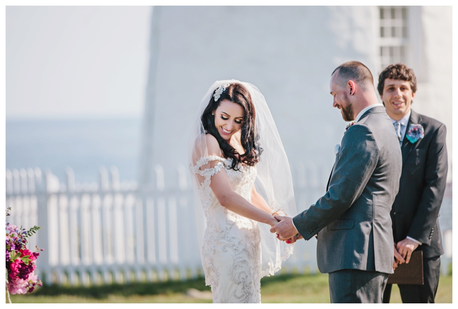 MaineWeddingPhotographer_MaineEditorialPhotographer_Pemaquid_Damariscotta_BradleyInn_PemaquidPointLighthouse_tattooed_wedding-028