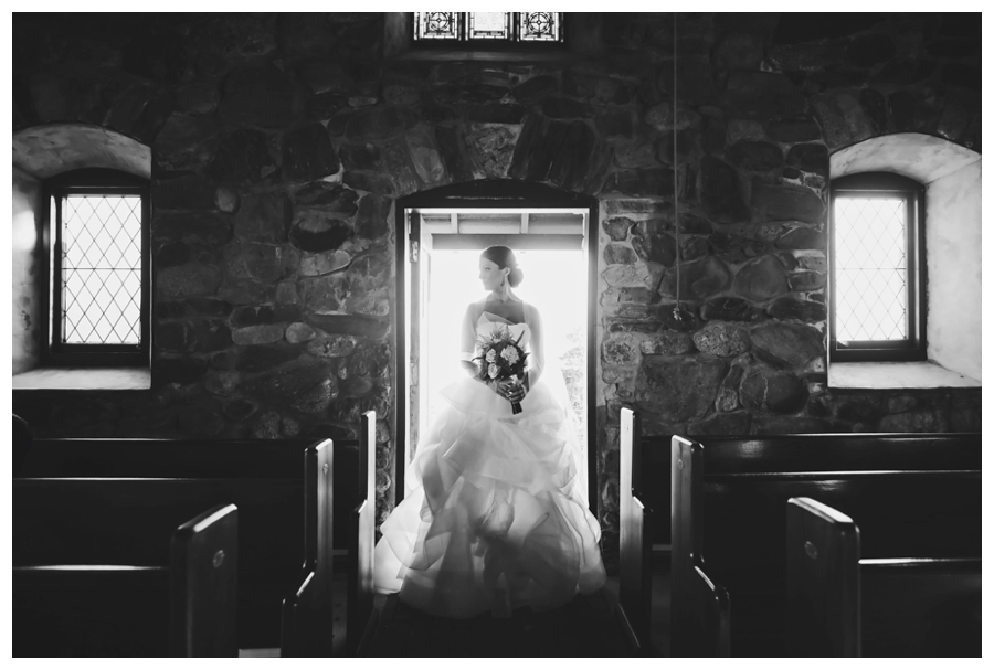 MaineWeddingPhotographer_CoastalMaineBotanicalGardens_WilsonMemorialChapel_Boothbay_Harbor-033