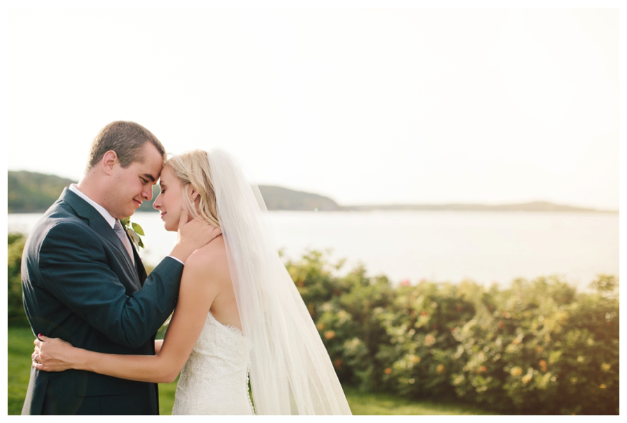 MaineWeddingPhotographer_MountDesertIsland_BarHarbor_BarHarborClub_HarborsideHotel-0043