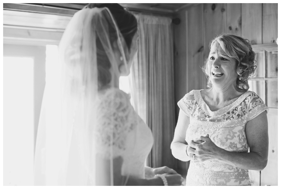 MaineWeddingPhotographer_PeaksIsland_fall_autumn_wedding-018