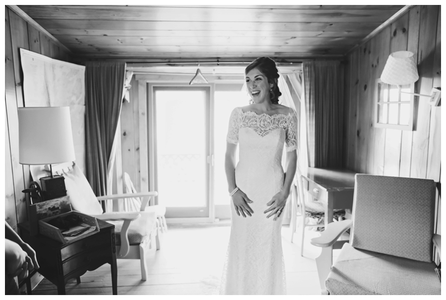 MaineWeddingPhotographer_PeaksIsland_fall_autumn_wedding-020
