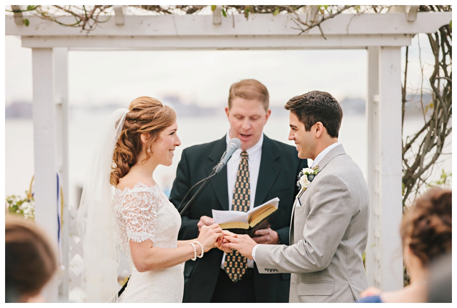 MaineWeddingPhotographer_PeaksIsland_fall_autumn_wedding-066