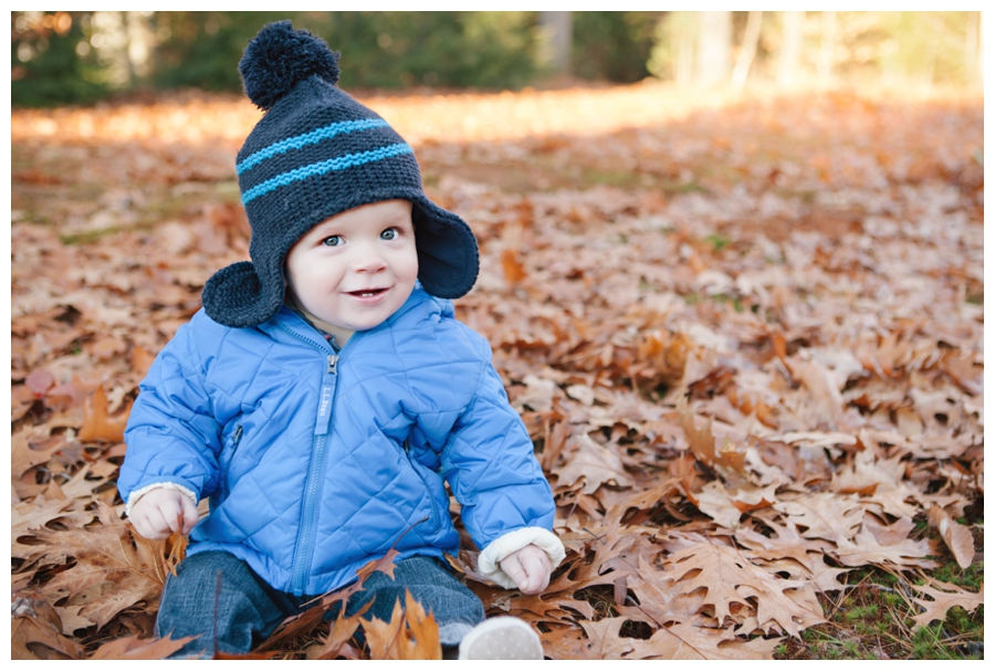MaineFamilyPhotographer_portraits_baby_fall_autumn-020