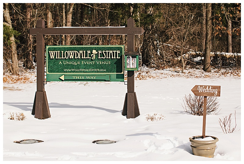 Maine_Massachusetts_Wedding_Photographer_Willowdale_Estate_winter_snow_fur-001