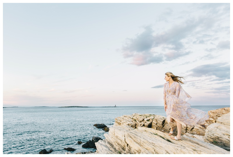 Maine_wedding_photographer_Portland_OldPort_FortWilliams_engagements_coast-036