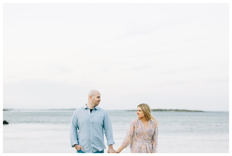 Maine_wedding_photographer_Portland_OldPort_FortWilliams_engagements_coast-042