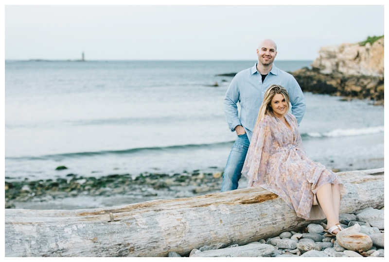 Maine_wedding_photographer_Portland_OldPort_FortWilliams_engagements_coast-044