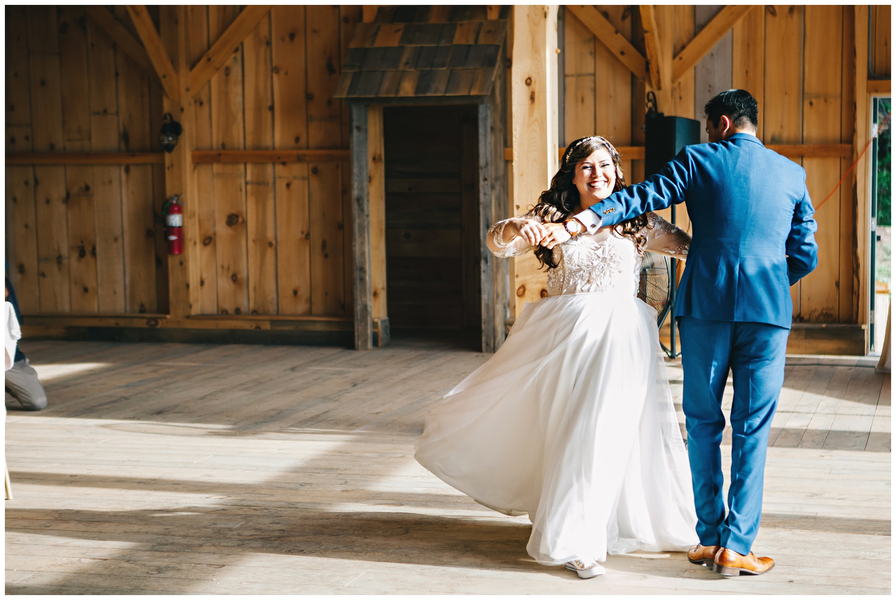 Maine_wedding_photographer_Granite_Ridge_Estate_mountain_barn-027